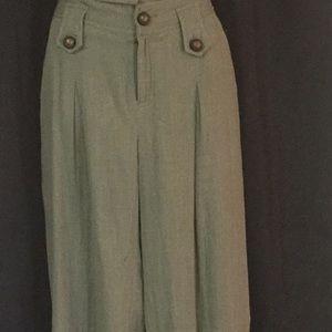 Kaki/olive green ankle pants